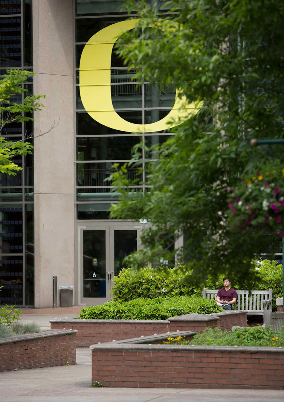 The O in front of the LIllis Business Complex